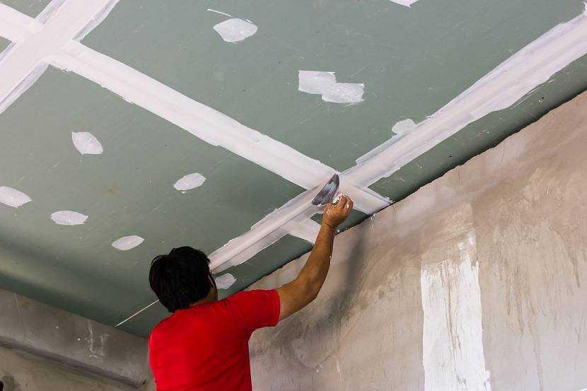 Шпаклевка потолка поэтапно