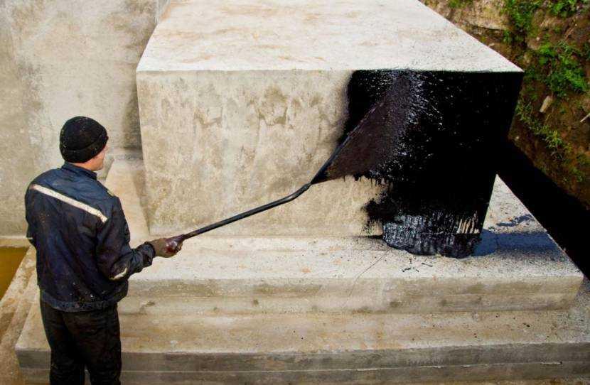 Как и чем обработать бетон от разрушения на улице – обзор составов